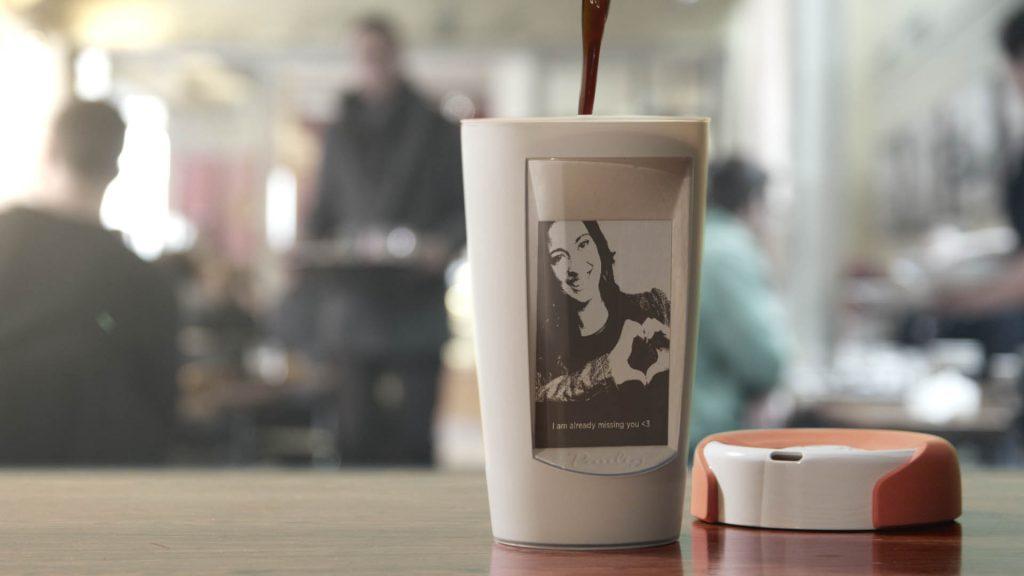 Muki la taza que se personaliza con el móvil