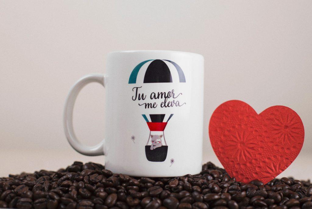 Díselo con una taza: mensajes originales para tazas personalizadas como tarjeta de regalo, de amor o de agradecimiento