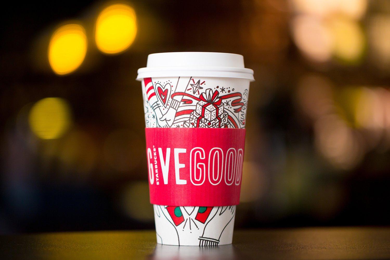 ¿Por qué triunfa el vaso navideño Starbucks de este año? Las claves de la campaña