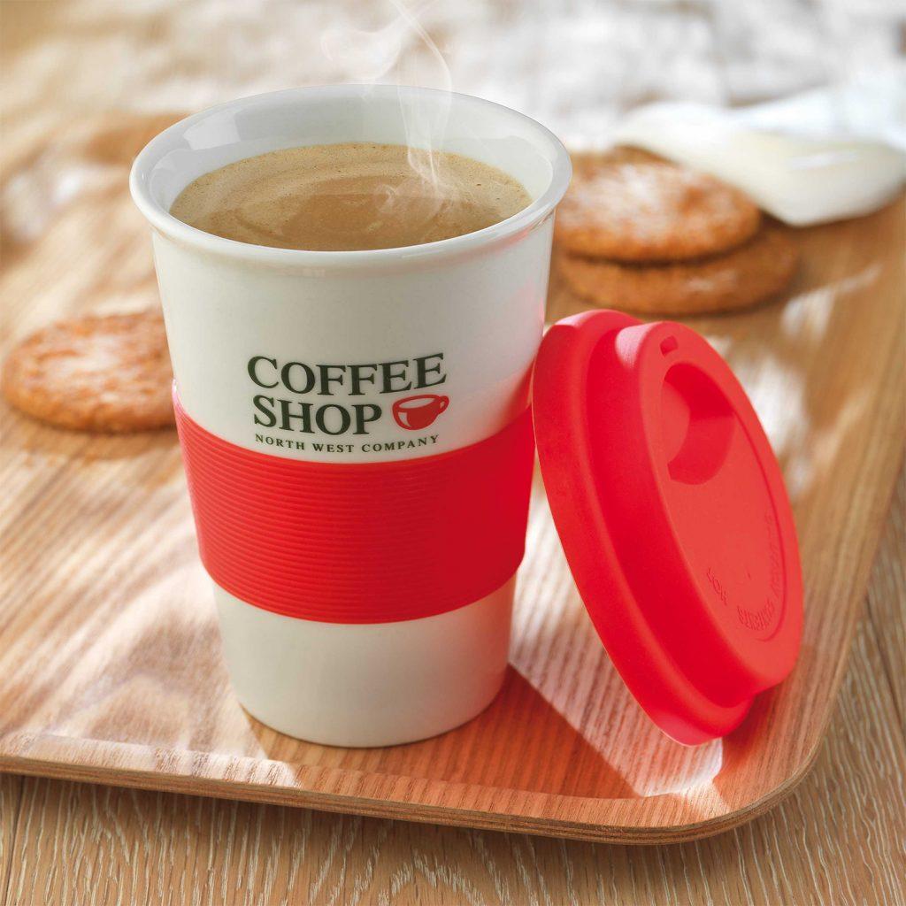 Las tazas take away le salvarán la vida (y los bolsillos) a los londinenses más cafeteros