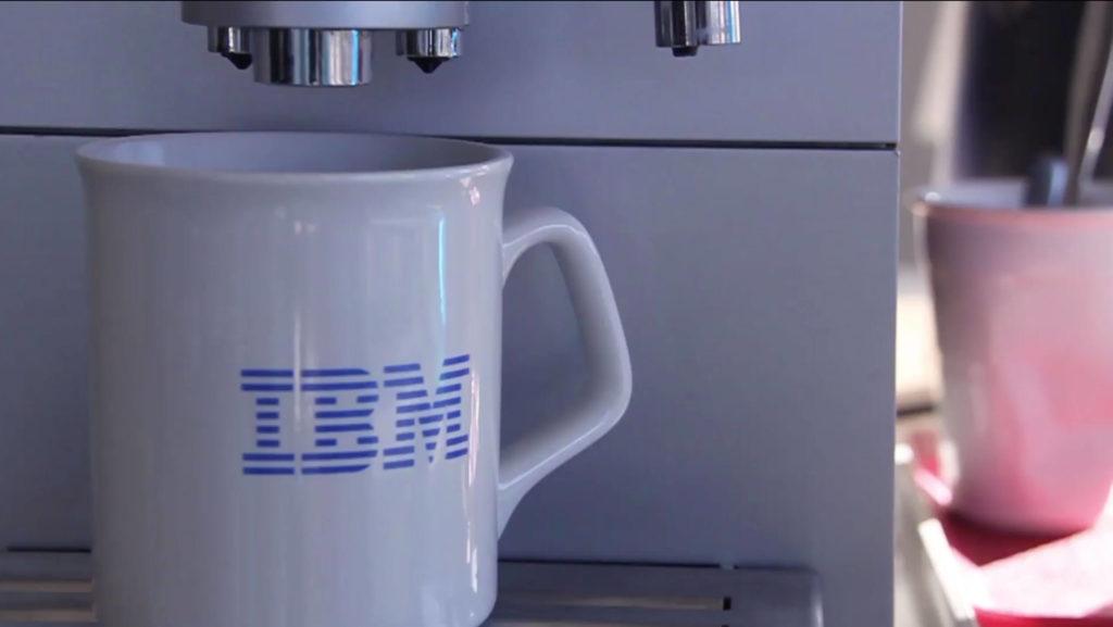 Tazas personalizadas de la empresa IBM