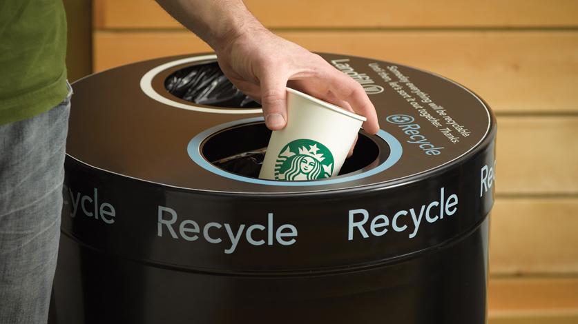Vasos de café reciclables de Starbucks