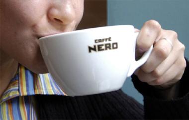 Tazas de merchandising para cafeterías y negocios