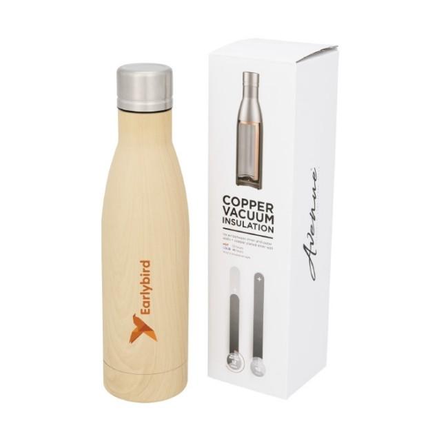 Botellas personalizadas metálicas superficie madera
